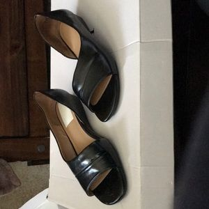 Naturalizer size 7 Jordan Smooth black flats